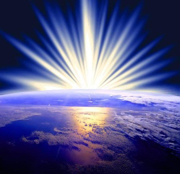 earth-light-rays-streaming